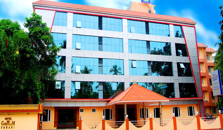 hotels near Guruvayur Railway station